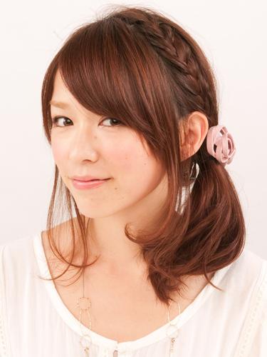 髪型 アレンジ 簡単 ミディアム001.png